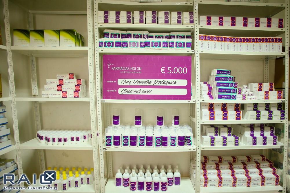 Famílias carenciadas recebem produtos básicos de higiene e saúde