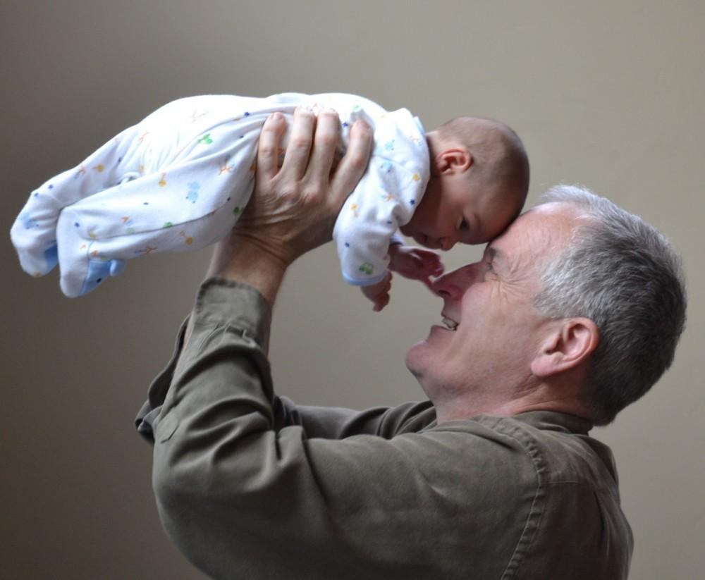 grandfather-1434575_1280