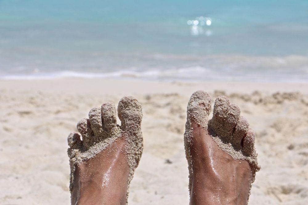 feet-2522874_1280