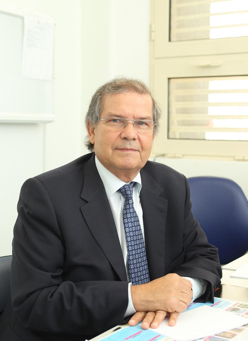 Mascarenhas Prof. Mario Rui (002)