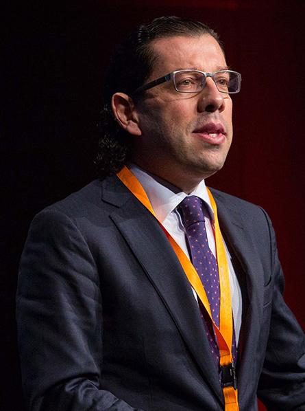 Dr. Cláudio Rebelo (002)